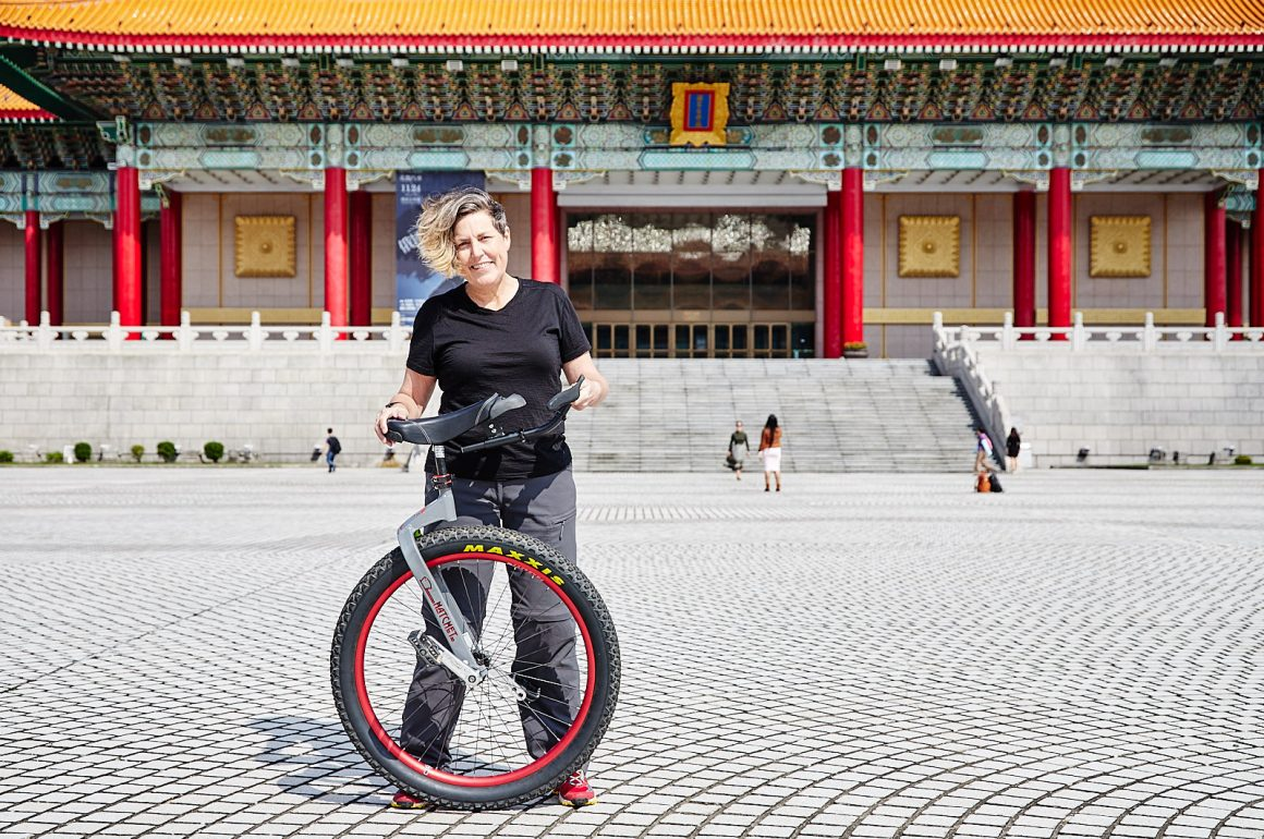 Kelli Jackson: Unicycling the world